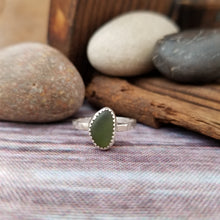 Load image into Gallery viewer, Talulah Sea Glass Ring No.3 size 5.5