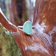Load image into Gallery viewer, Talulah Sea Glass Ring No.11 size 6.75