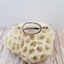 Load image into Gallery viewer, Meraki Cuff - Cowrie Shell
