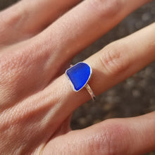 Load image into Gallery viewer, Capri Sea Glass Ring  No.20    Size 6.5