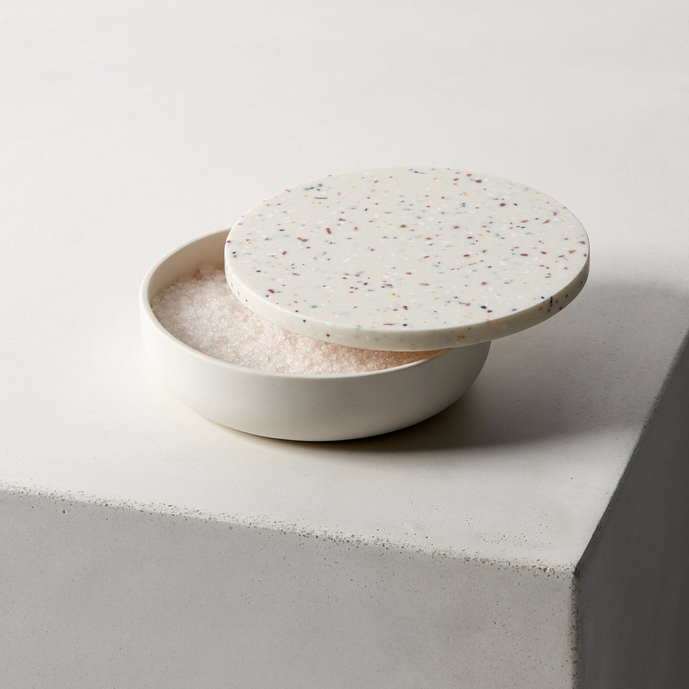 Load image into Gallery viewer, Couvercles de corian - Essentiels - ilothome