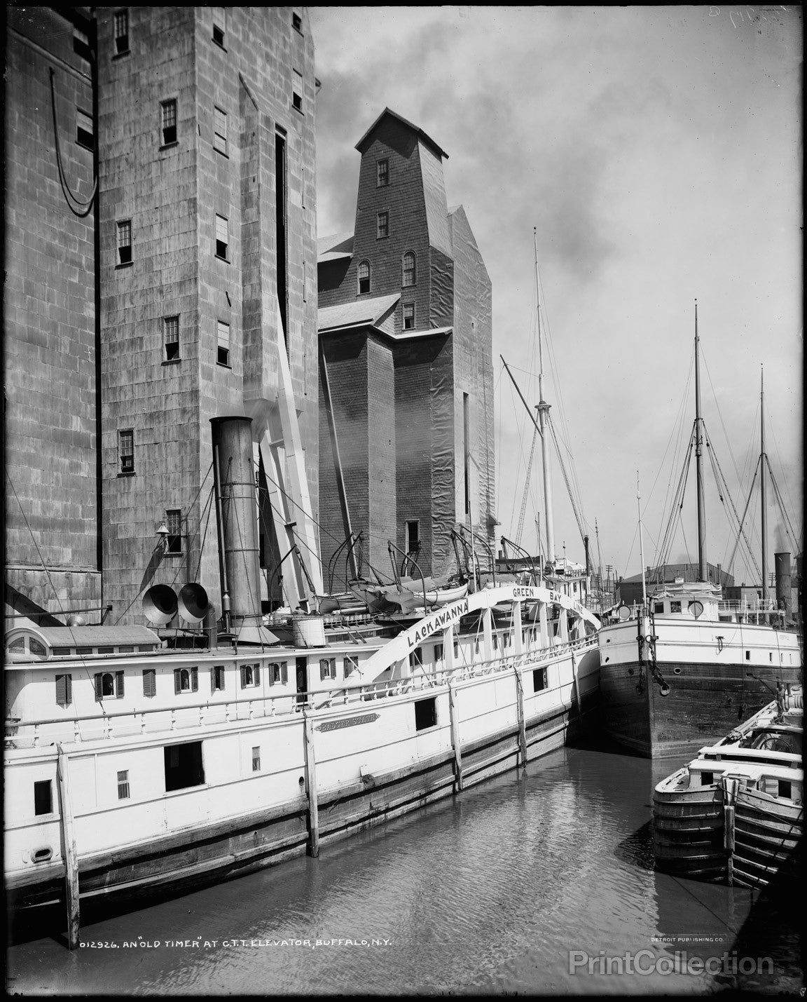 Title page photograph samuel h gottscho s from river house cloud - An Old Timer At C T T Grain Elevator Buffalo N Y