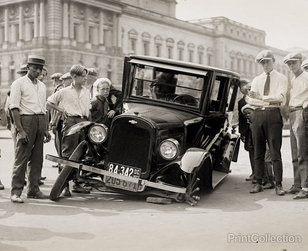 Auto Wreck, Washington DC, 1923