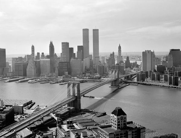 Brooklyn Bridge and World Trade Center, Lower Manhattan