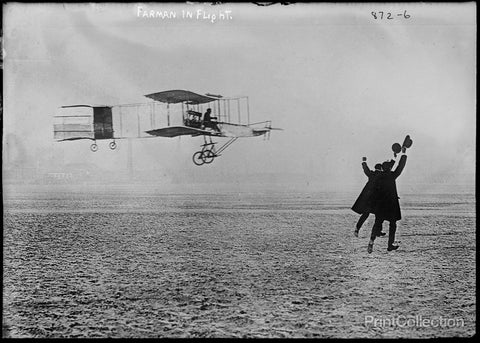Farman Flying Machine, in Fight