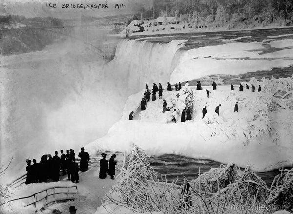 Ice Bridge, Niagara Falls, 1912