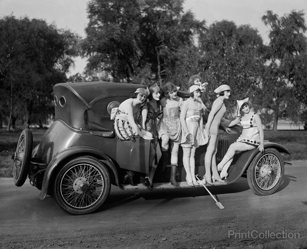Mack Sennett Girls, Automobile