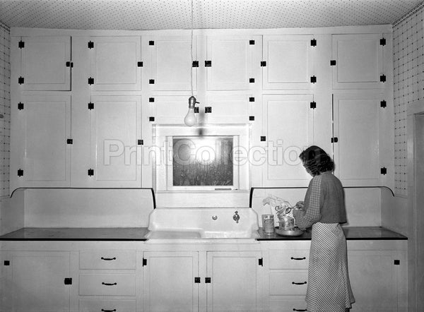 Modern Rural Kitchen 1930's