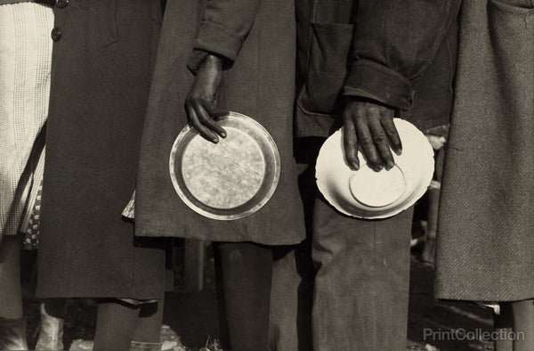 Negroes in the Lineup for Food at Mealtime, 1937