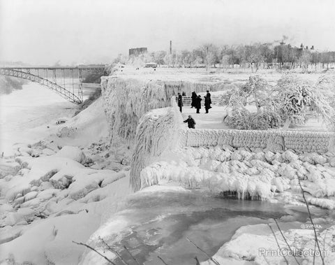Niagara Falls Frozen Over, 1933