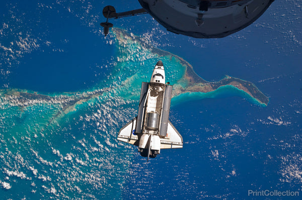 Space Shuttle Atlantis Over the Bahamas