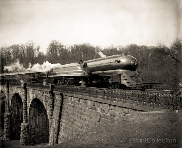 Streamlined Locomotives on the B&O