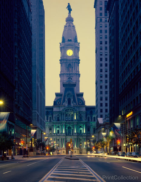 Streetscape view of City Hall, Philadelphia, Pennsylvania