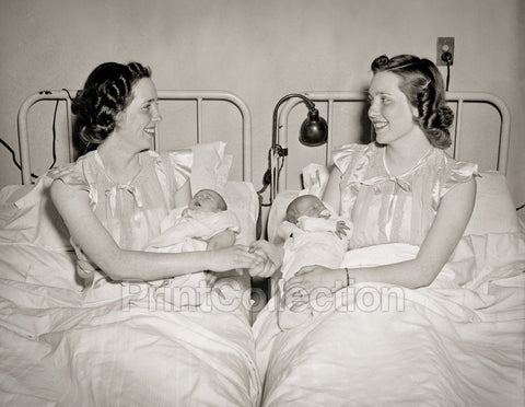 Twins Become Mothers Together for Second Time!