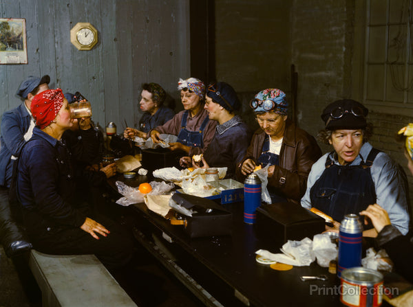 Women Wipers in the Roundhouse Having Lunch