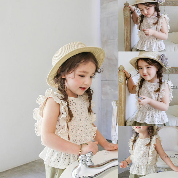 Lovely Artisee sleeveless Blouse