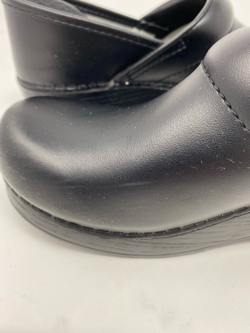 Dansko Clog, Black leather size 38