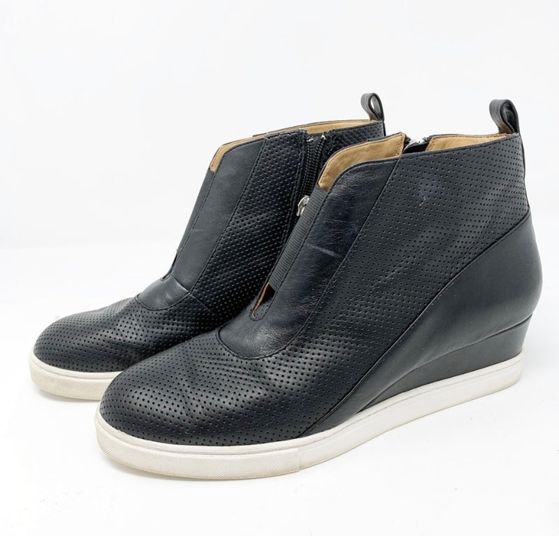 Linea Paolo Anna Wedge Bootie, Black Size 9.5