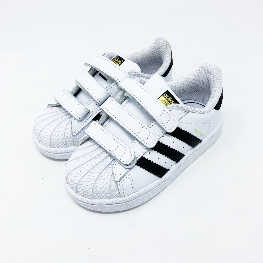 Adidas Superstar Sneaker, Toddler size 8