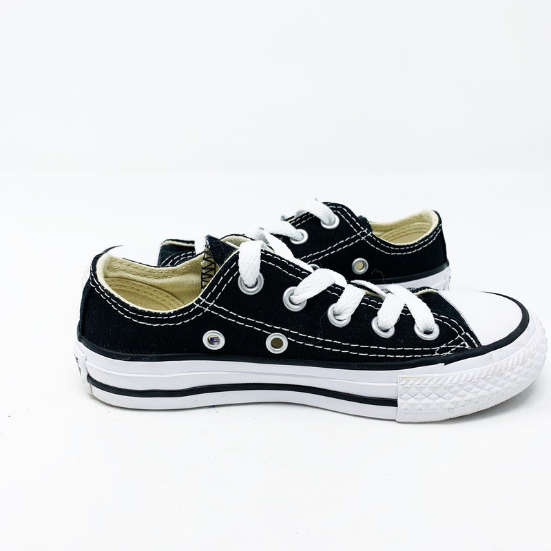 Converse Chuck Taylor Sneaker, Black Little Kid 10.5