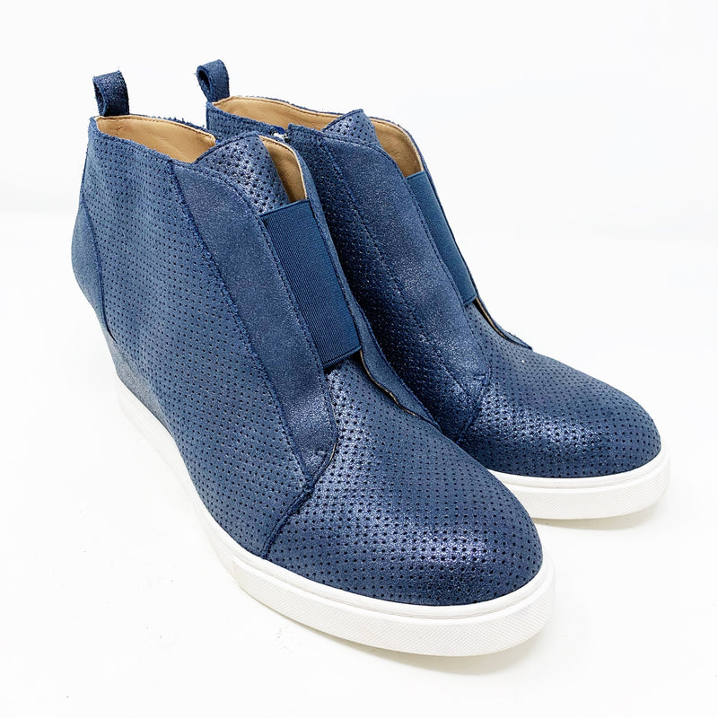 Linea Paolo Felicia II Wedge Bootie, Saphire Suede size 9