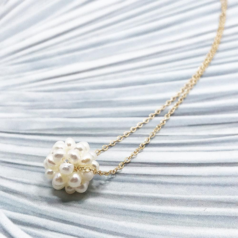 Handmade Pearl Pendant Necklace