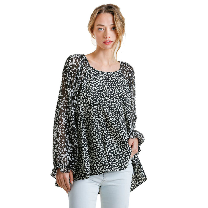 Women`s Black and White Print Balloon Sleeve Top