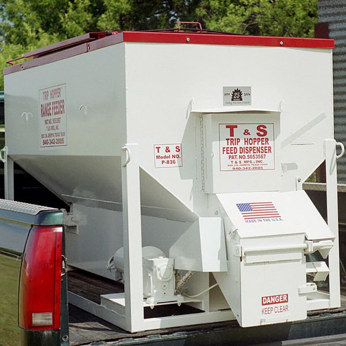 T&S Manufacturing Inc. Trip Hopper Cattle Feeder 1500lb