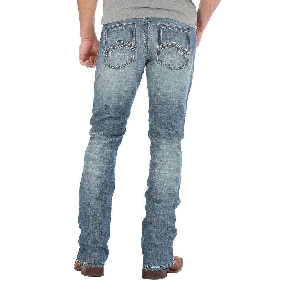 Mens 44 Slim Straight Light Wash Jeans