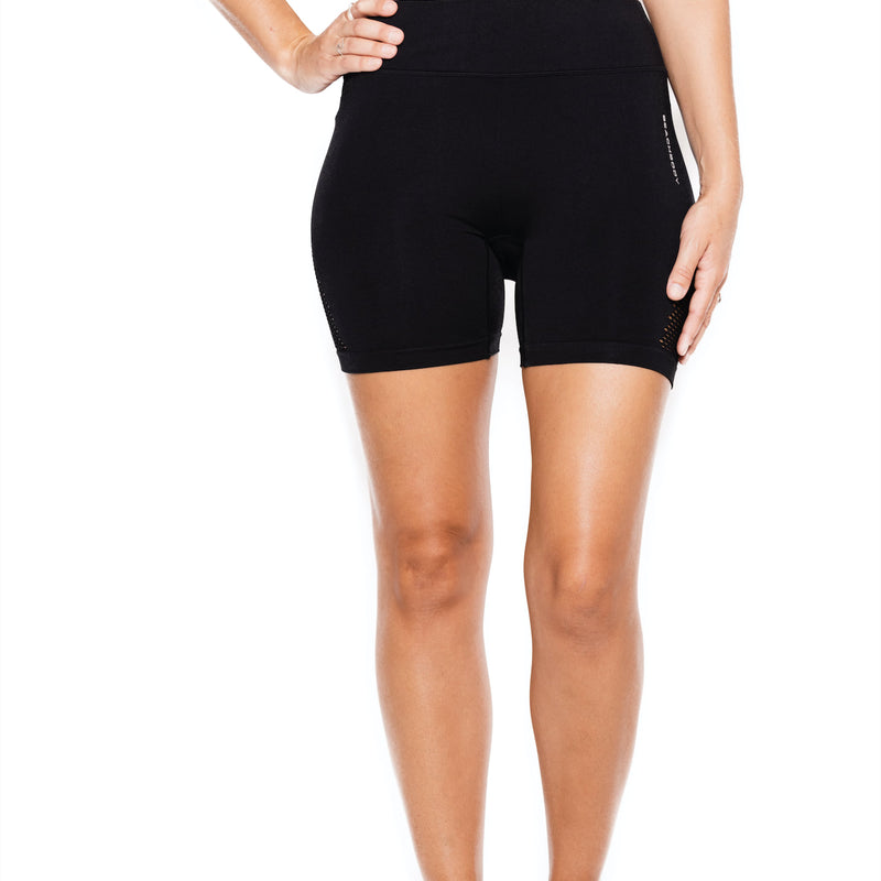 Women's Reveal Mesh Short