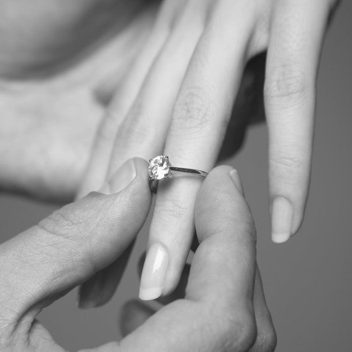 Choosing your Engagement Ring: Part 1 Diamond Shape