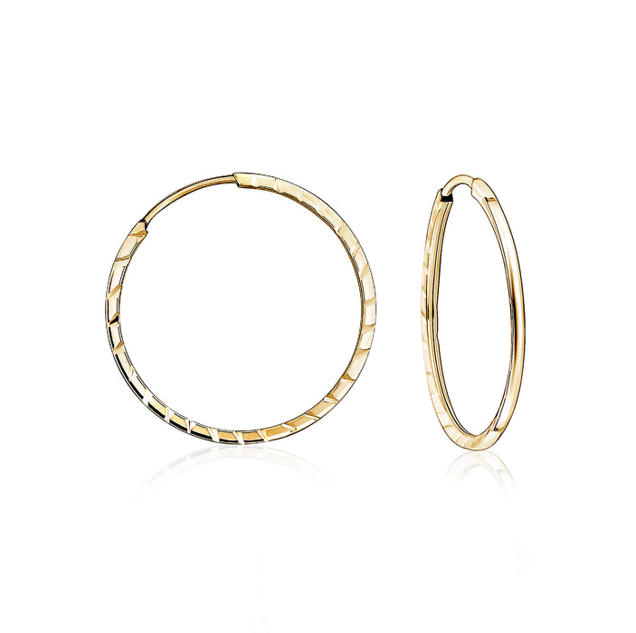 18mm Sleeper Hoops: Yellow Gold