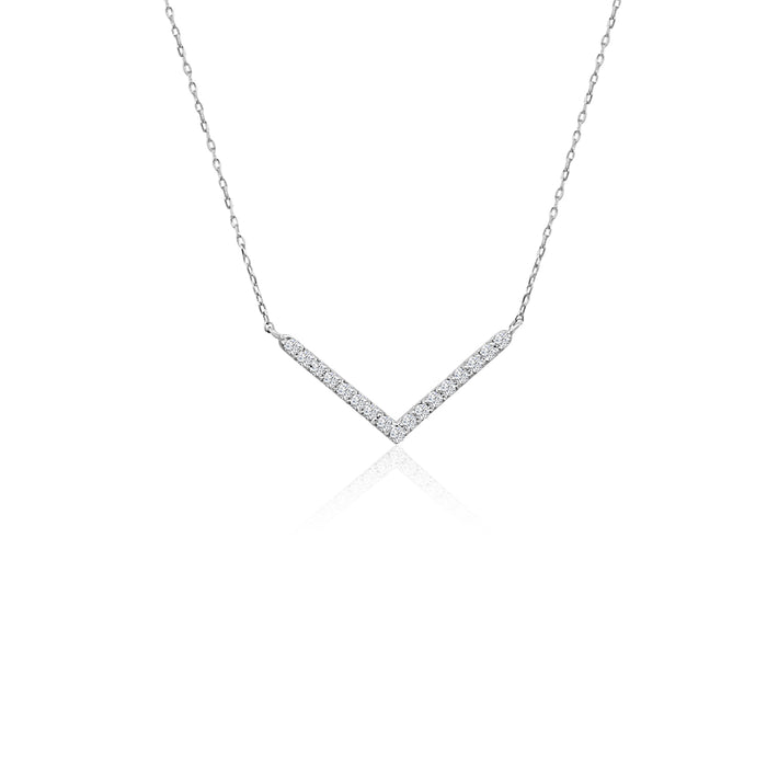 Delicate Diamonds V Necklace: White Gold