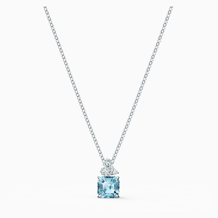 Swarovski Sparkling Necklace: Aqua