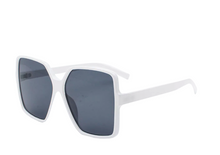 Load image into Gallery viewer, Women's Oversized Retro Square Shades