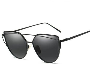 Cat-Eye sunglasses Black Lens