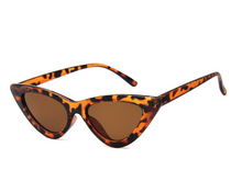 Load image into Gallery viewer, Women's Triangular Retro Cat-Eye Shades