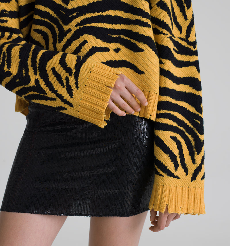Animalier jacquard cropped sweater with destroyed ribbed cuffs and bottom