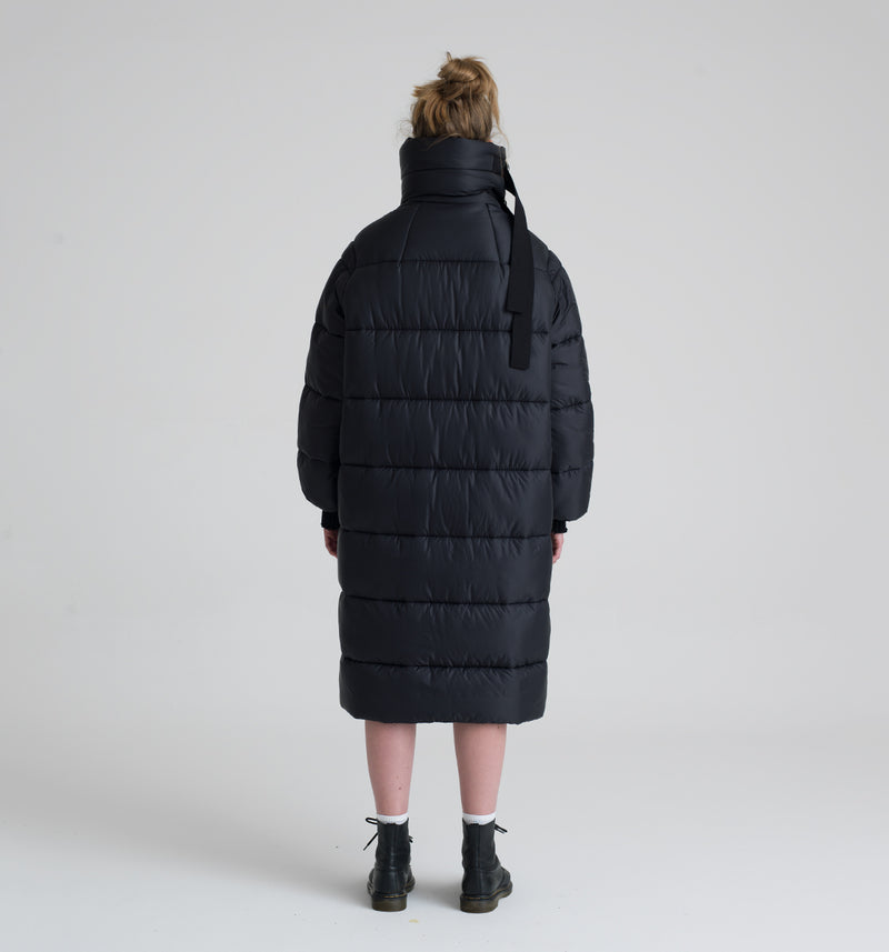 Oregon black long down jacket