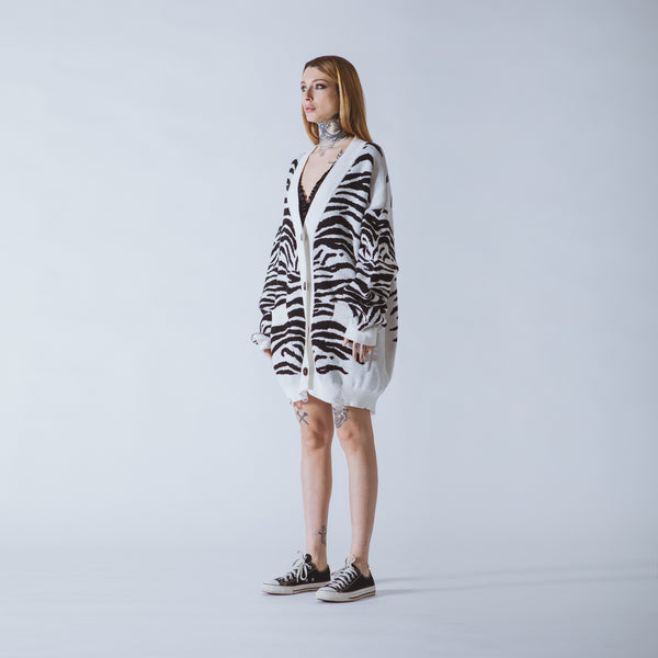 Patti long white/black tiger cardigan