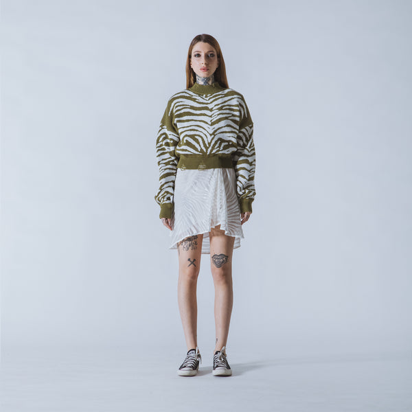Courtney cropped green/white tiger jumper