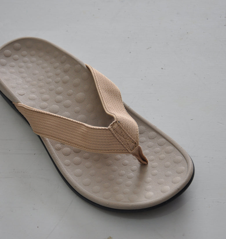 Unixsex Beige Thong Sandals