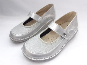 Womens Platinum Dress Shoes
