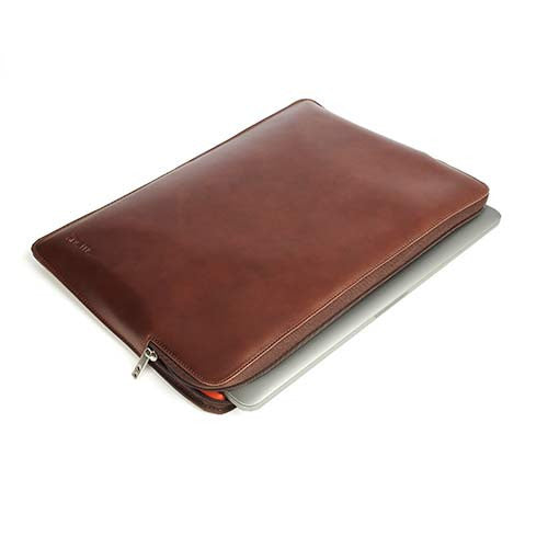 knomo-macbook-pro-13inch-leather-sleeve-brown