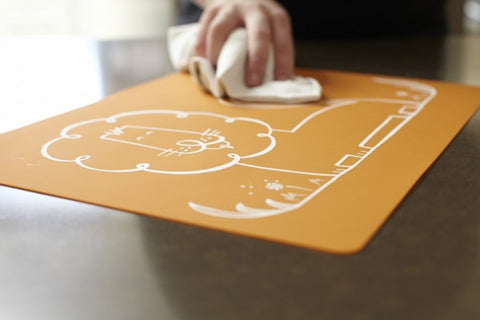 kids-easy-clean-placemats