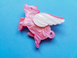Flying Pig Brooch in Pink Pearl