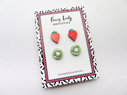 Tiny Kiwi and Strawberry Stud Set