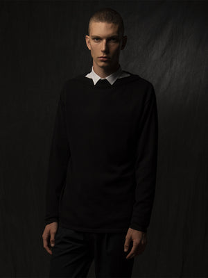 Men Boat Neck Sweater_Black