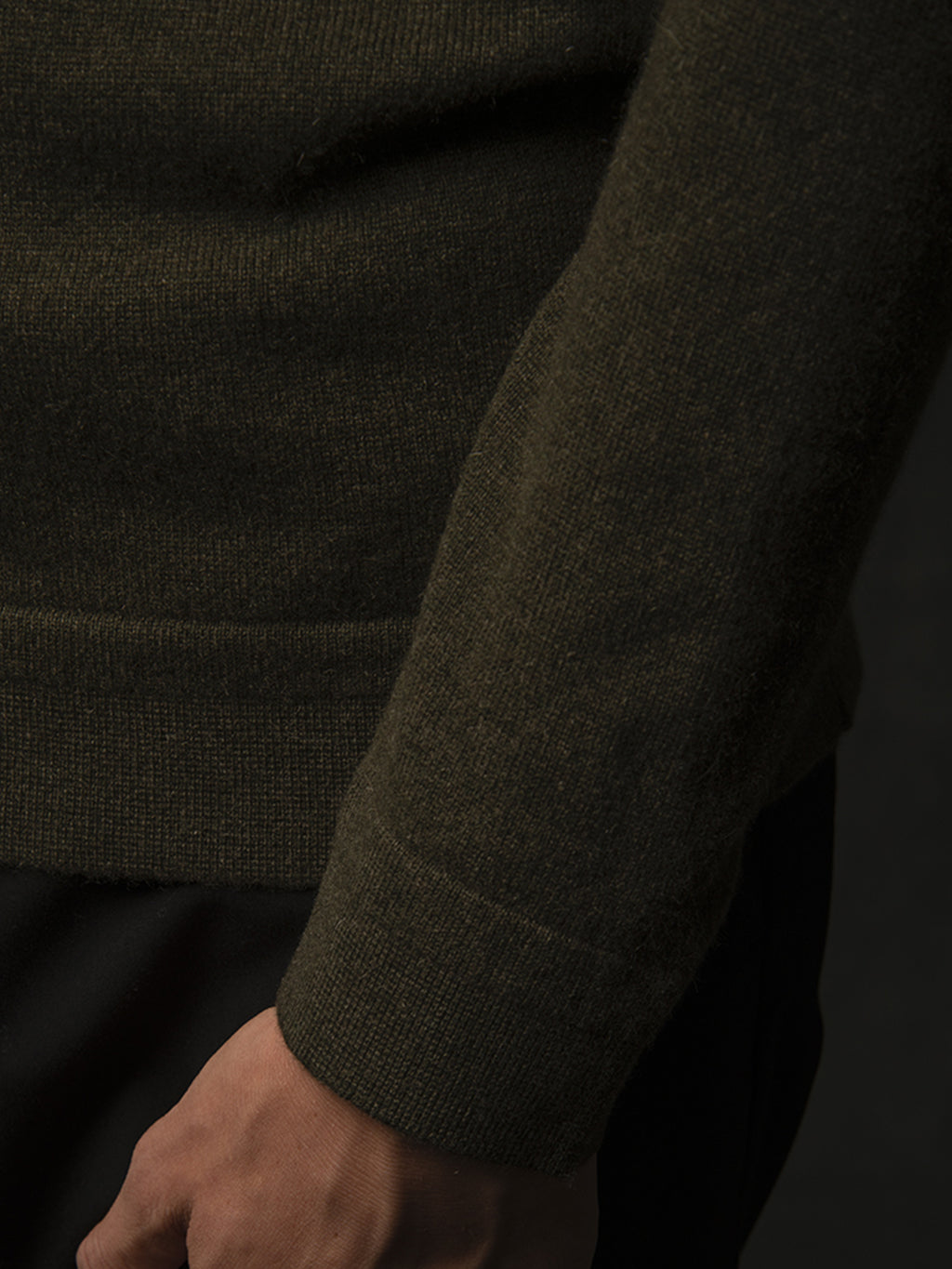 Men V Neck Sweater_Hunter Heather