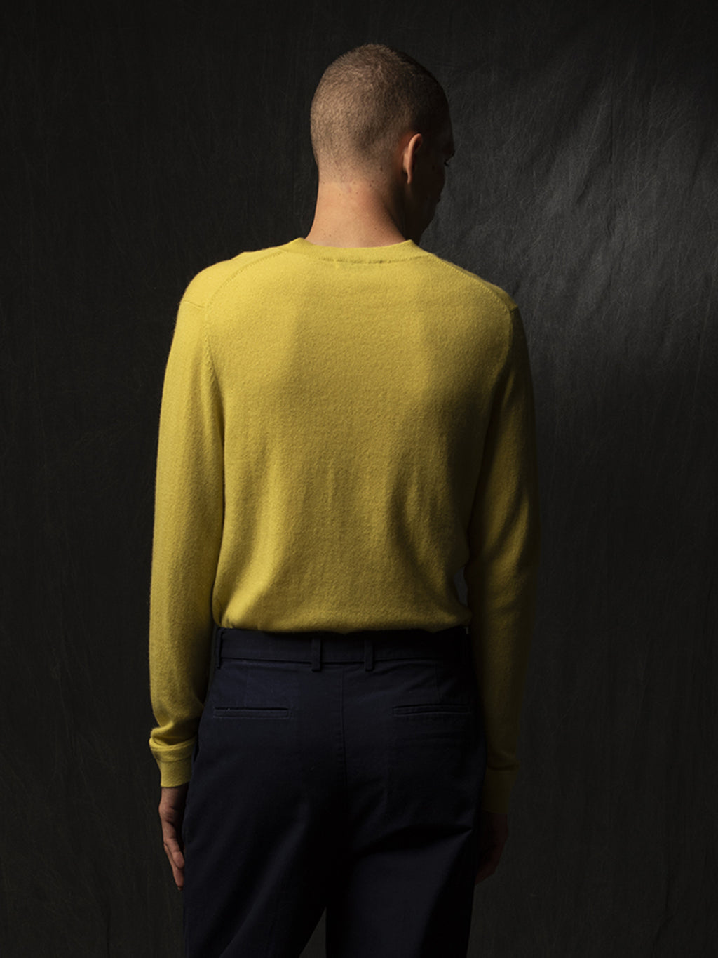 Men V Neck Sweater_Lime